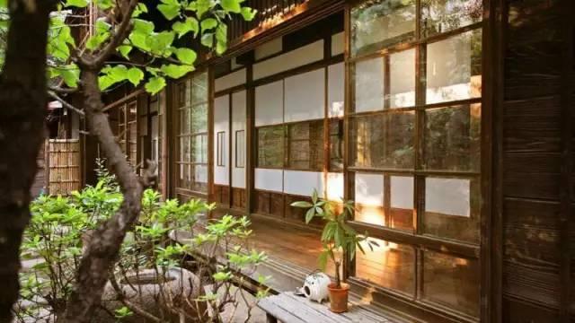 復 古  的 日 式 庭 院 |toco. 官 網