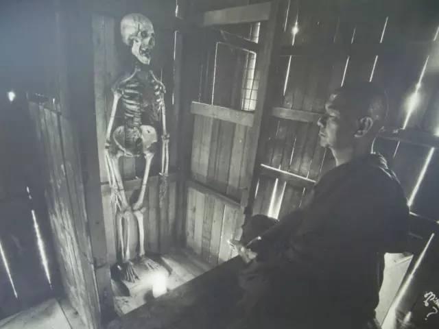 緬 甸 禪 修 過 程 中 , 有 一 項 是 需 要 觀 察 人 的 白 骨.