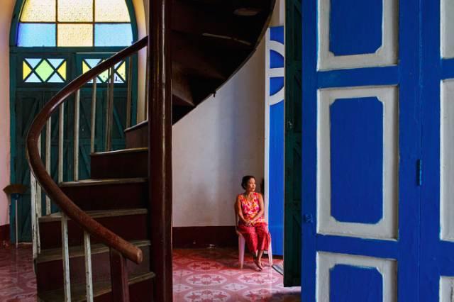 印 度 房 屋 的 鮮 豔 內 觀 。