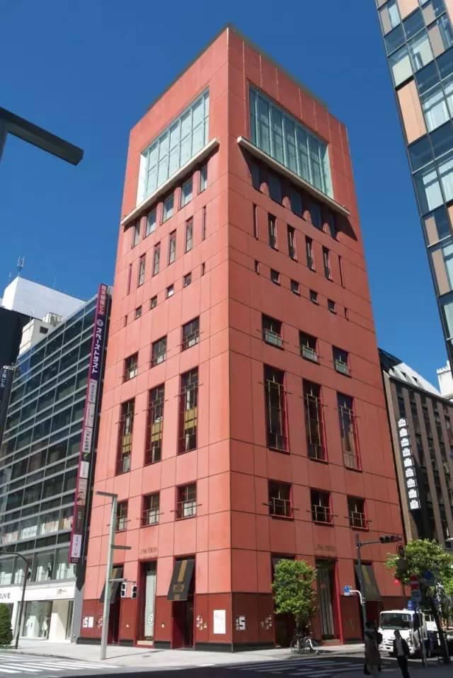 銀座資生堂大樓。