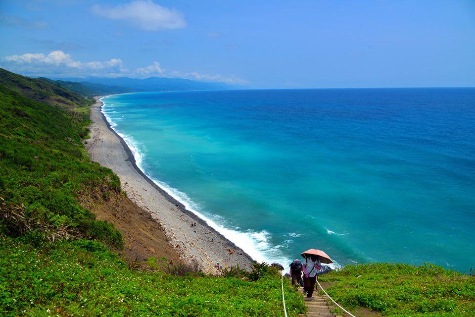 台 灣 唯 一 沒 人 工 破 壞 的 海 岸 線