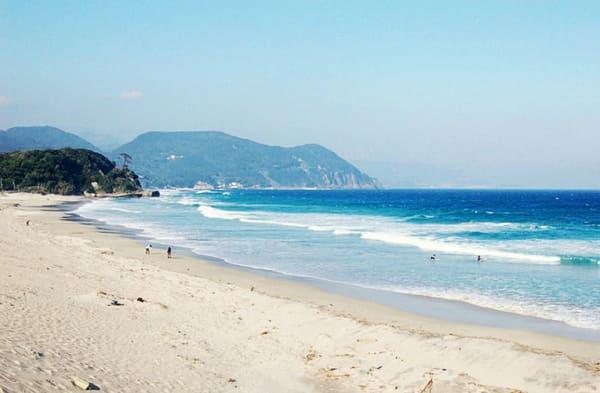 日 本 排 名 前 十 的 沙 灘 , 唯 一 一 個 不 是 沖 繩 縣 的 入 選 地 區 。