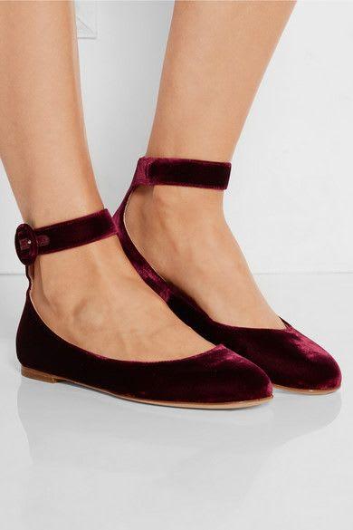 瑪 莉 珍 鞋 , 復 古 又 百 搭。