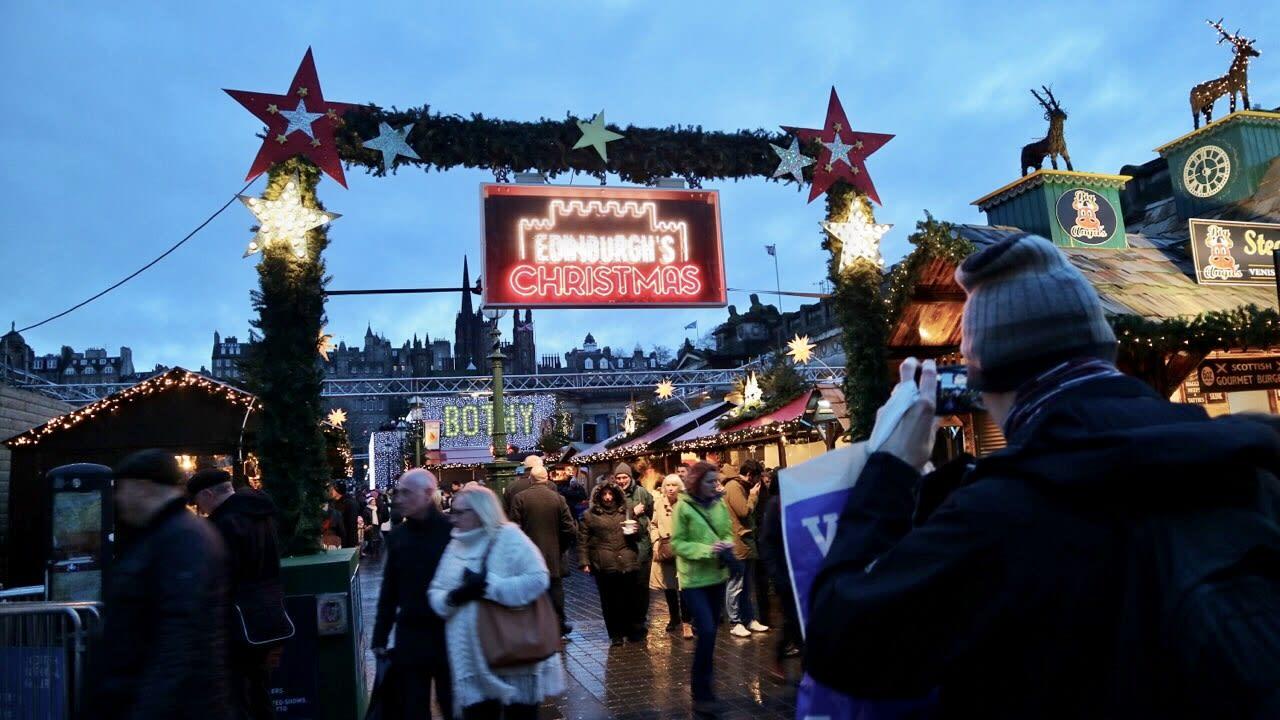 愛丁堡的聖誕市集。