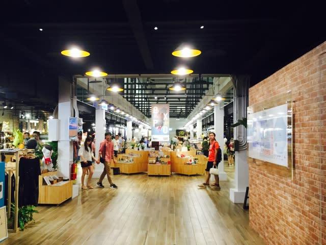 除 了 北 廣 場 的 創 意 市 集 , 紅 樓 內 部 也 有 16 工 房