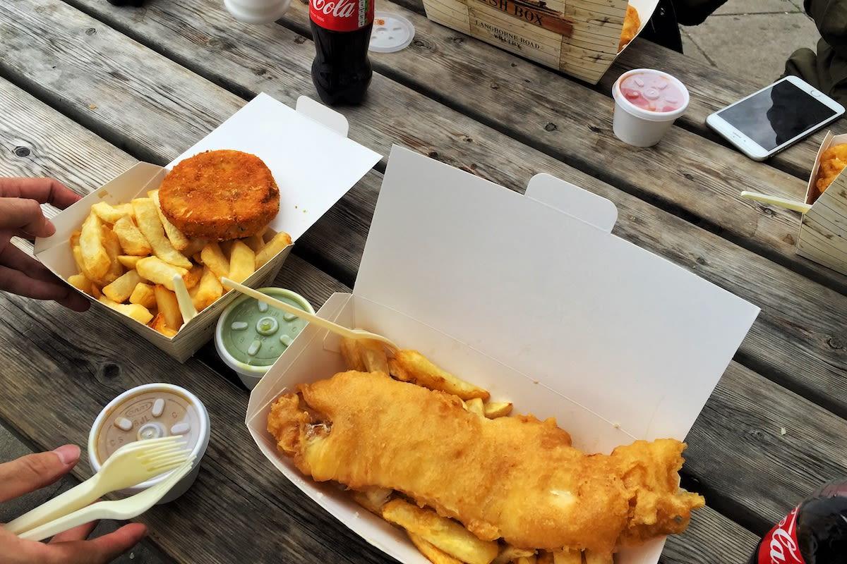 我們吃的店家是FishBox,它是2014年冠軍炸魚薯條 Quayside旗下的外帶店。