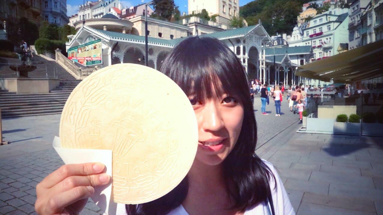 溫泉餅是熱門伴手禮。Photographer | Serina Su