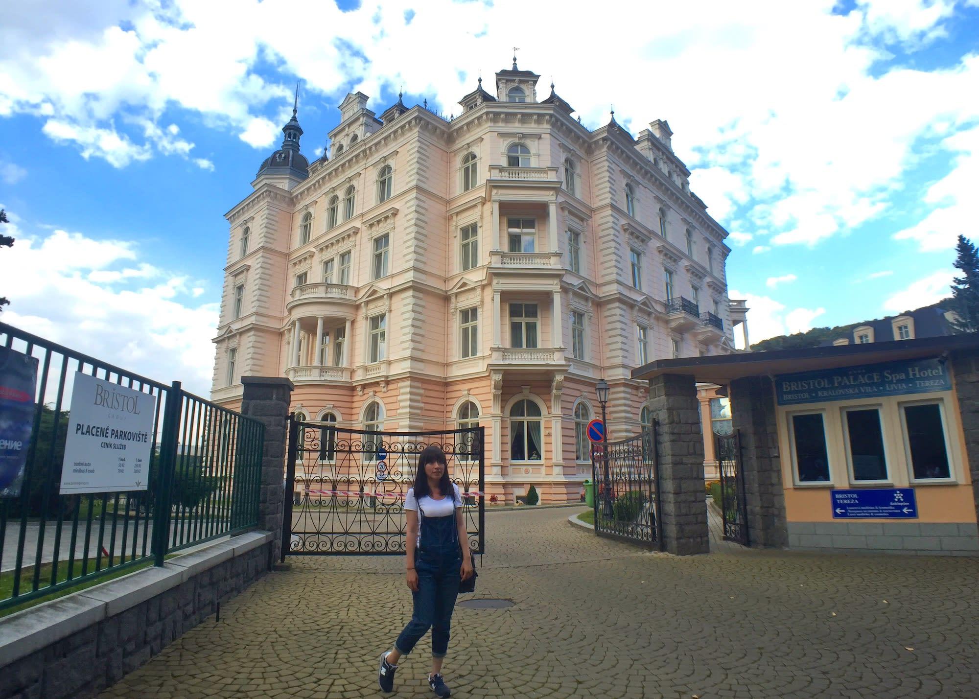 布達佩斯大飯店的參考範本之一Hotel Bristol Palace。Photographer | Serina Su