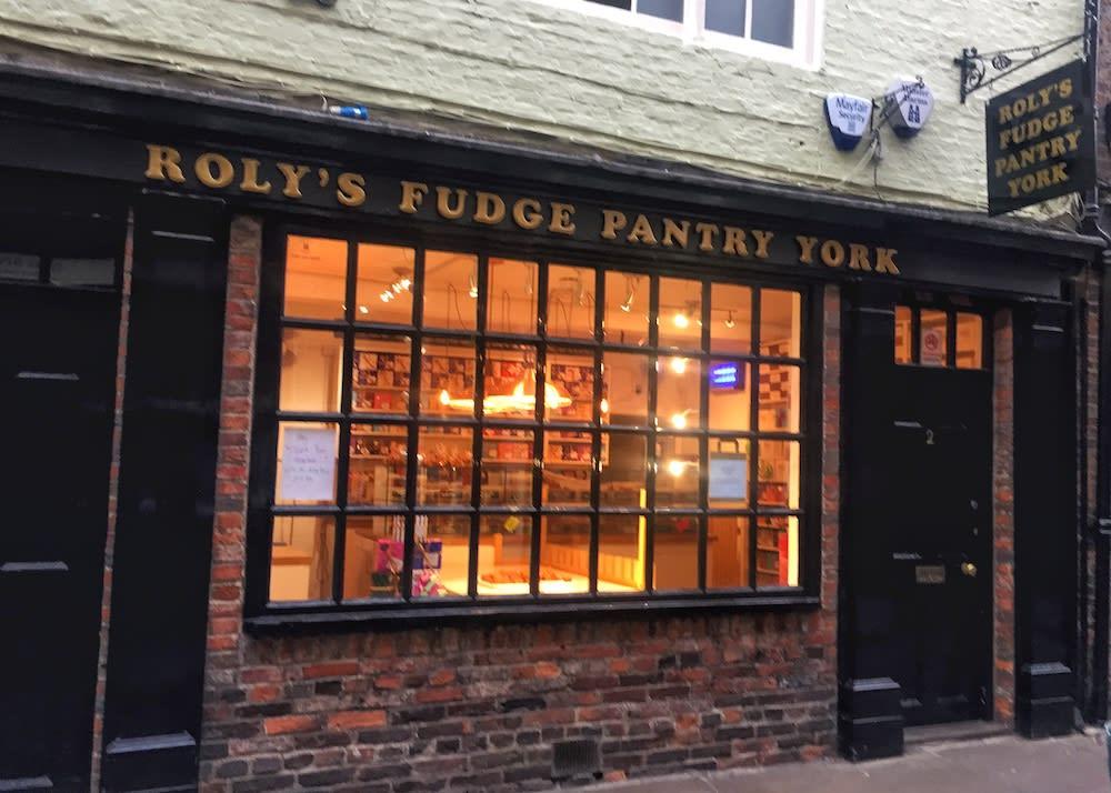在肉鋪街上的Fudge專賣店,Fudge是約克道地的點心,但,非常甜就是。