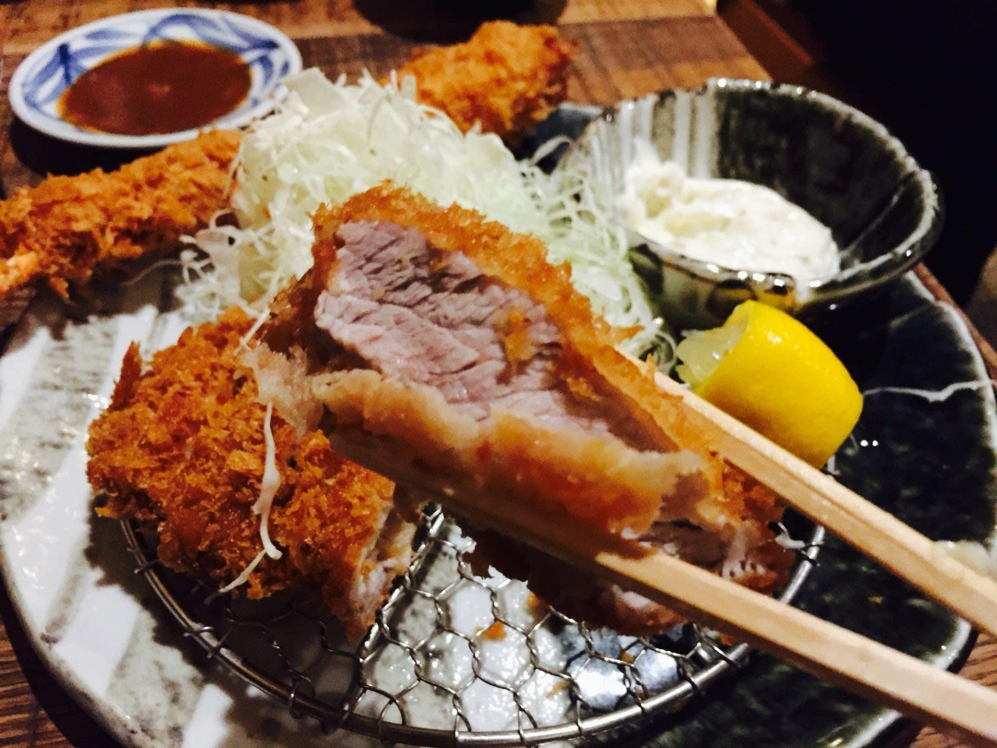 來 到 京 都 必 吃 豬 排 店 !