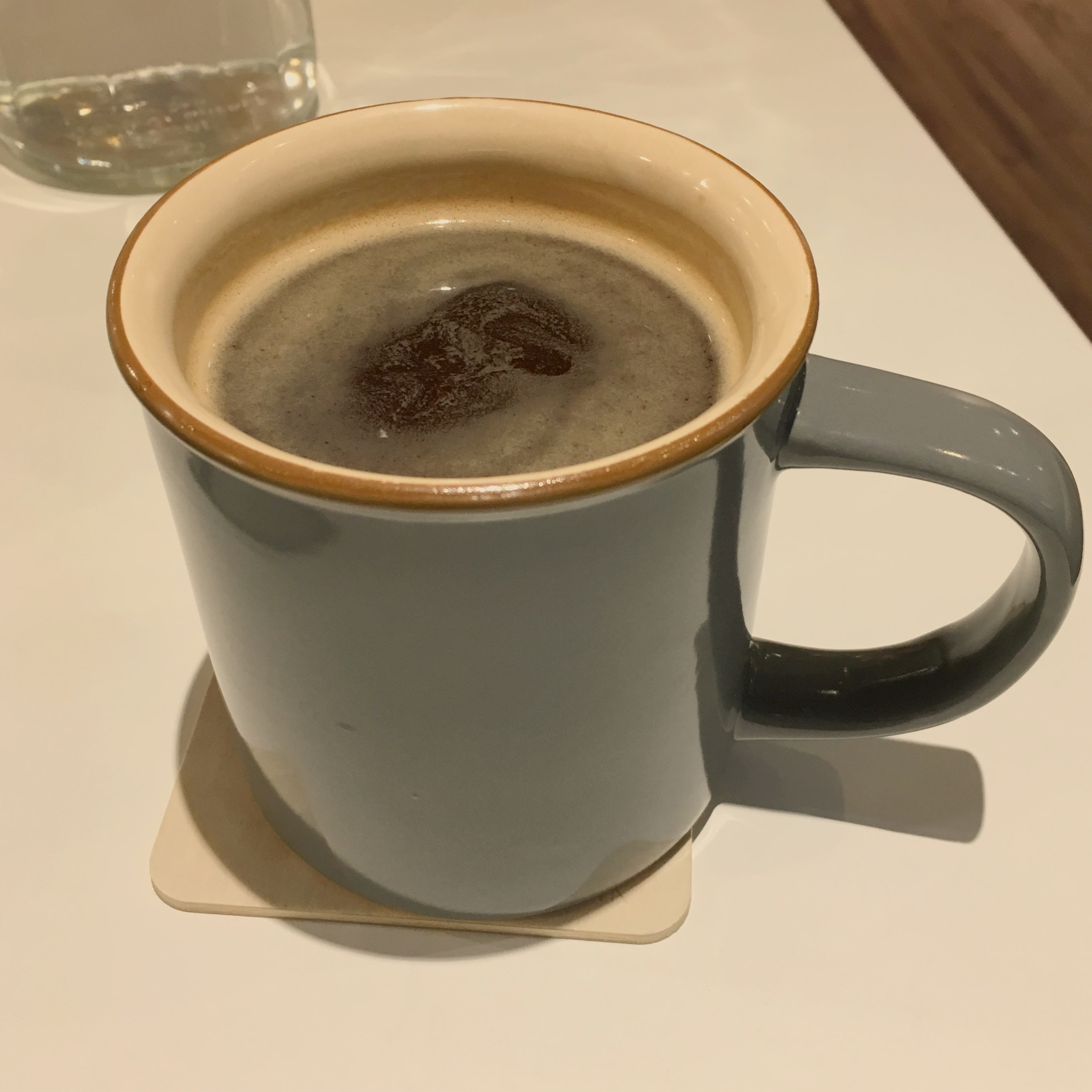 美 式 咖 啡 。