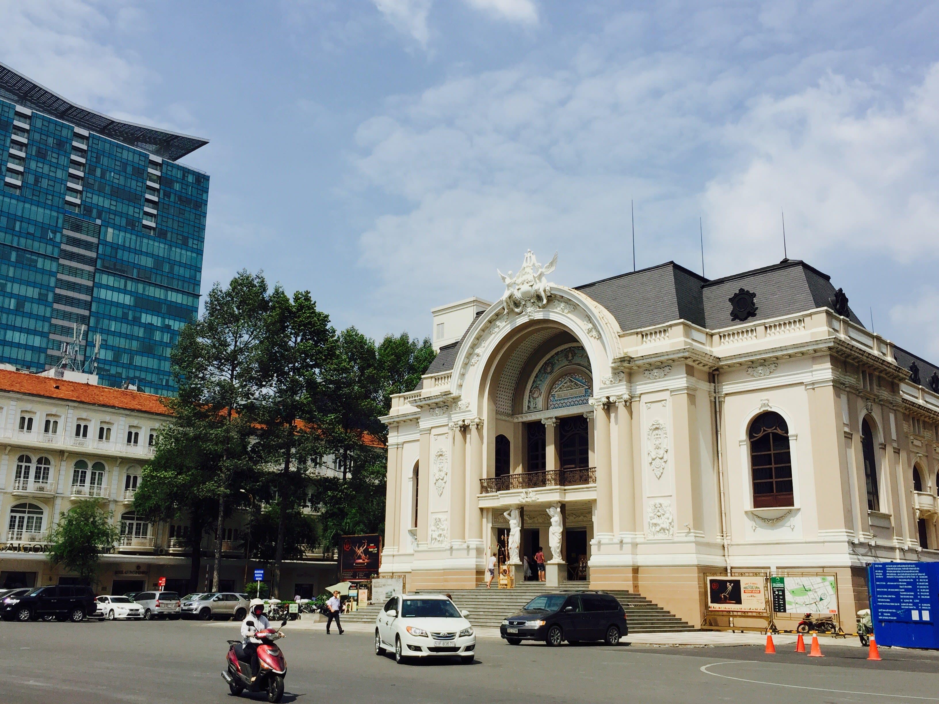 胡志明市景點 : 西貢歌劇院