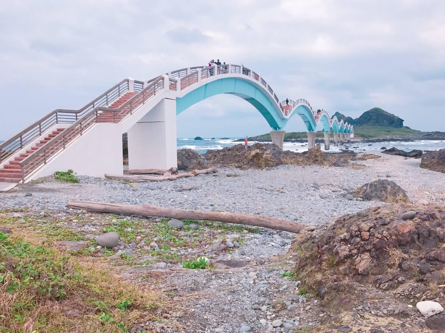 三仙台跨海拱橋。Photographer / Penny