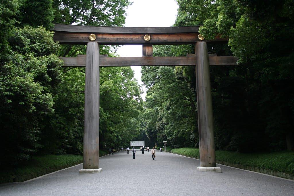 日本最大的鳥居。(照片來源:www.potolkimaker.com)