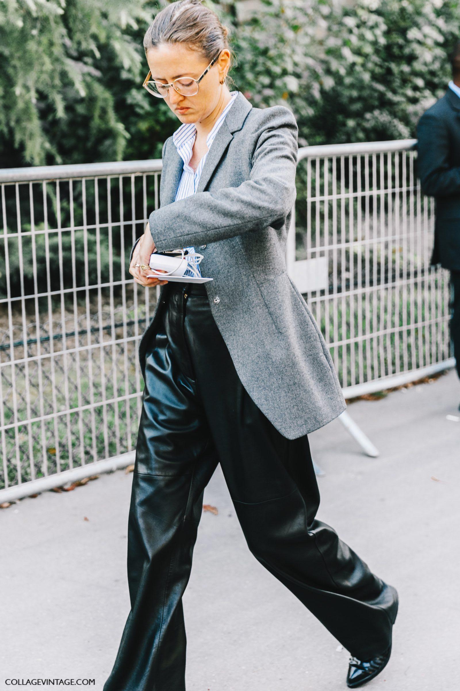 版 型 相 對 硬 挺 的 皮 革 材 質 。 圖 片 來 源 :blue is in fashion this year。