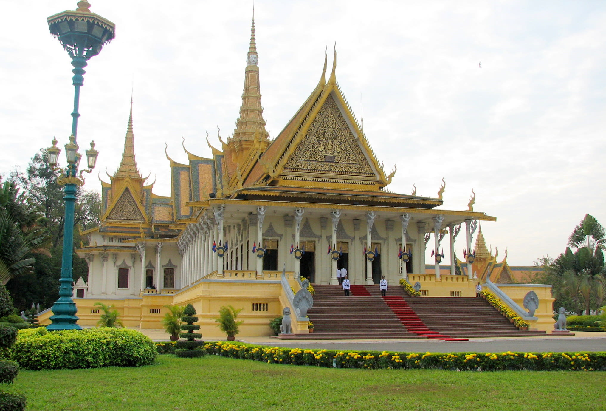 金邊皇宮內部建築(圖片來源:維基百科)