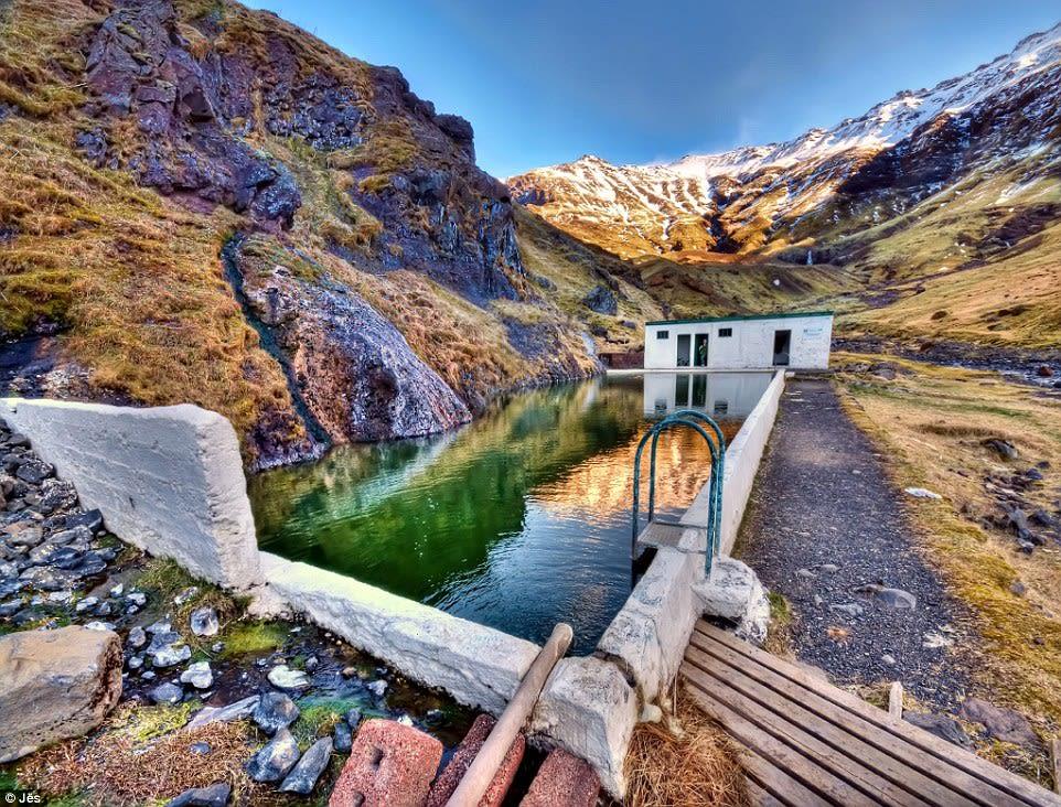 隱 藏 在 山 間 的 神 秘 露 天 游 泳 池 ( 圖 片 來 源 : http://goo.gl/2HdMmb )