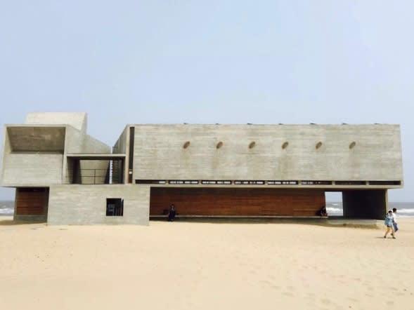 全 中 國 最 孤 獨 的 圖 書 館 。