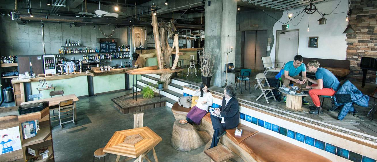 cafe及lounge的空間/ Photo:Nui. Hostel & Bar Lounge