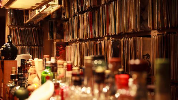 東京下北澤 黑 膠 唱 片 喚 起 所 有 的 輕 狂 回 憶( 圖 片 來 源 : timeout )