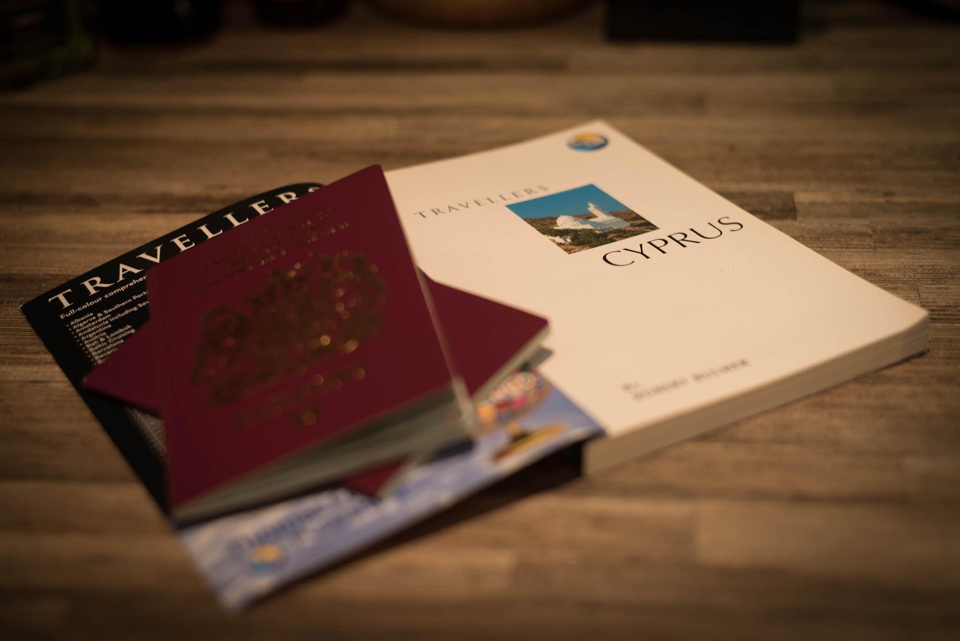 準 備 好 護 照 ,出 發 香 港 吧