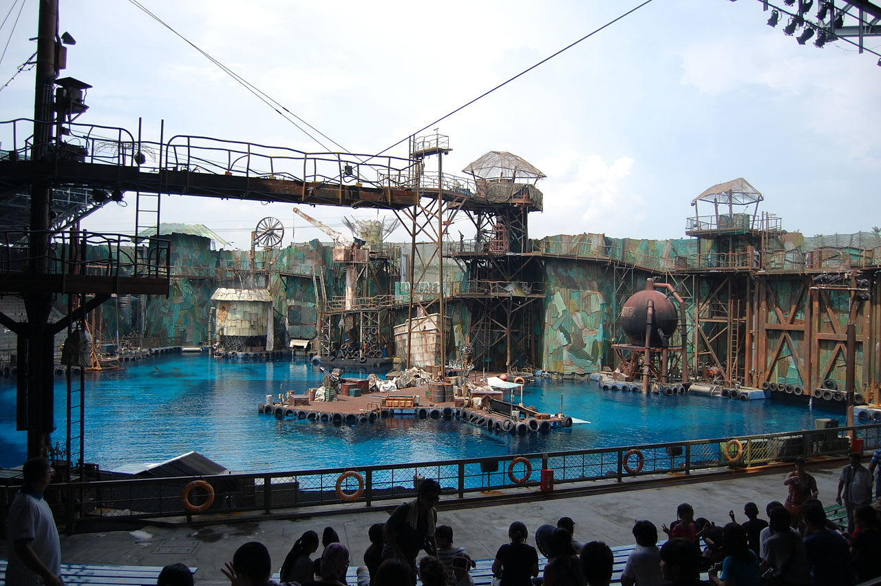 water world tại universal studios singapore