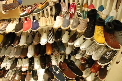 giày tại platinum mall
