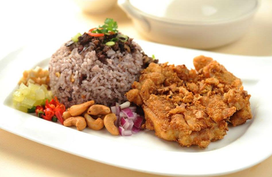 quán ăn có chứng nhận halal ở sentosa: balithai