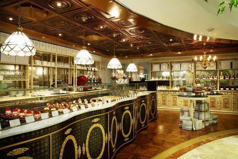quán cafe ở singapore: quán antoinette