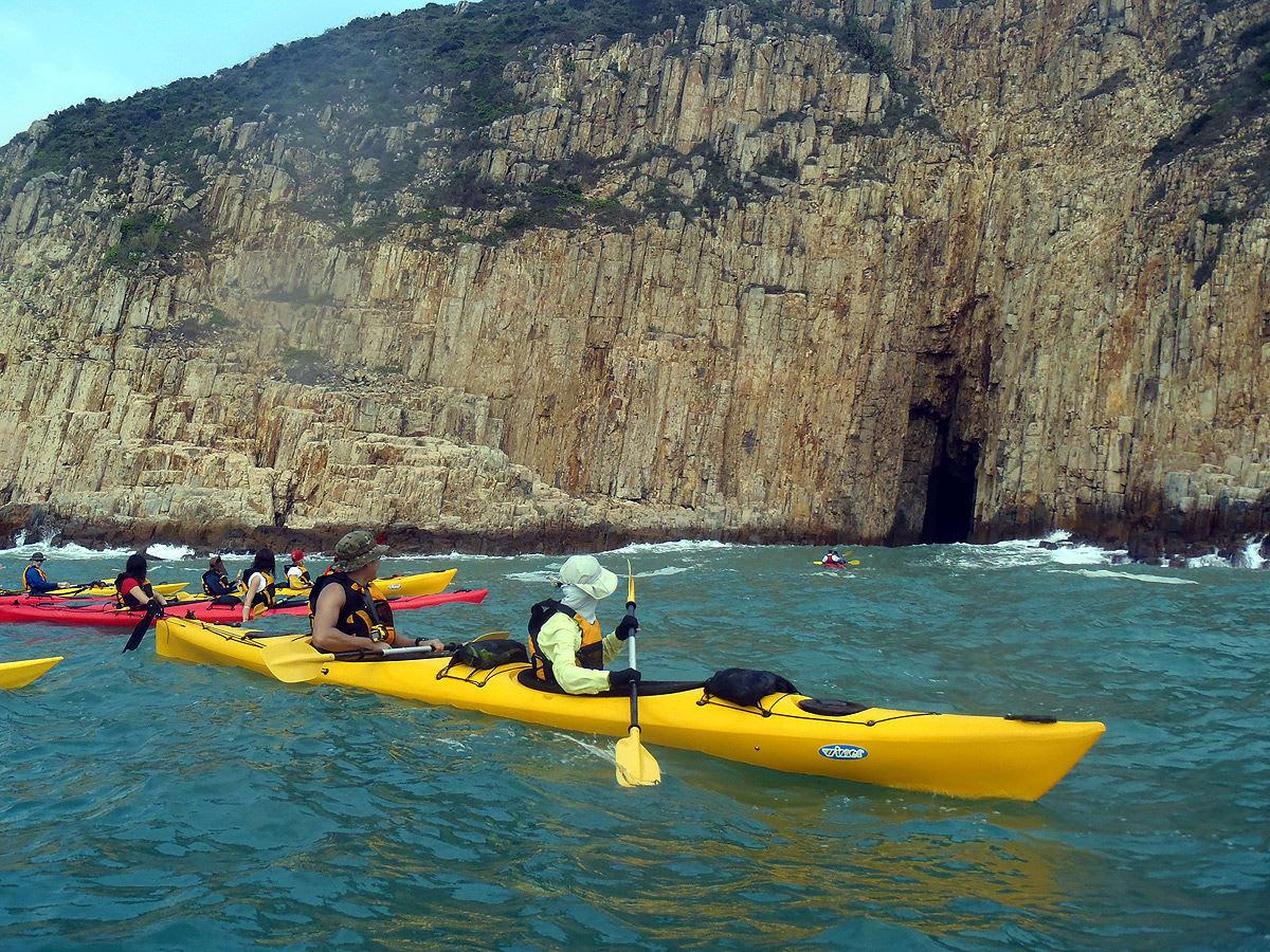 hoạt động ngoài trời ở hong kong: đi thuyền kayak