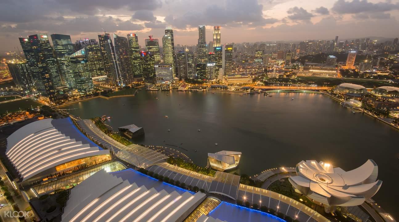 marina bay sand singapore nhìn từ trên cao