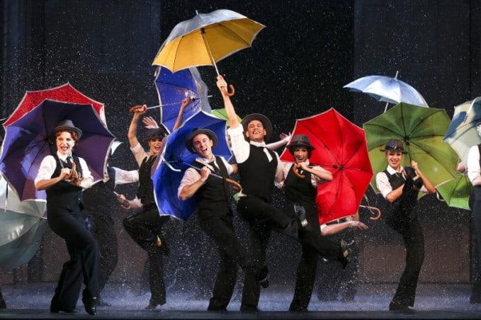 nhạc kịch singing in the rain