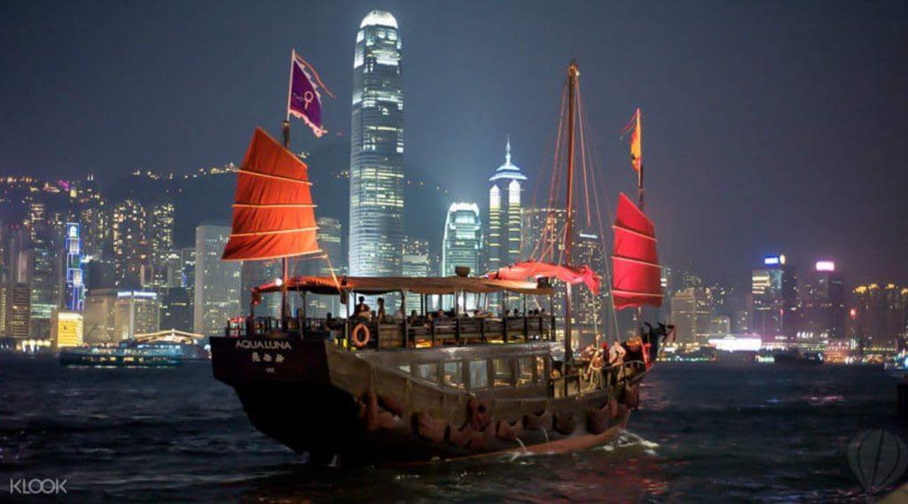 kinh nghiệm du lịch hong kong dành cho các cặp đôi: cảng victoria