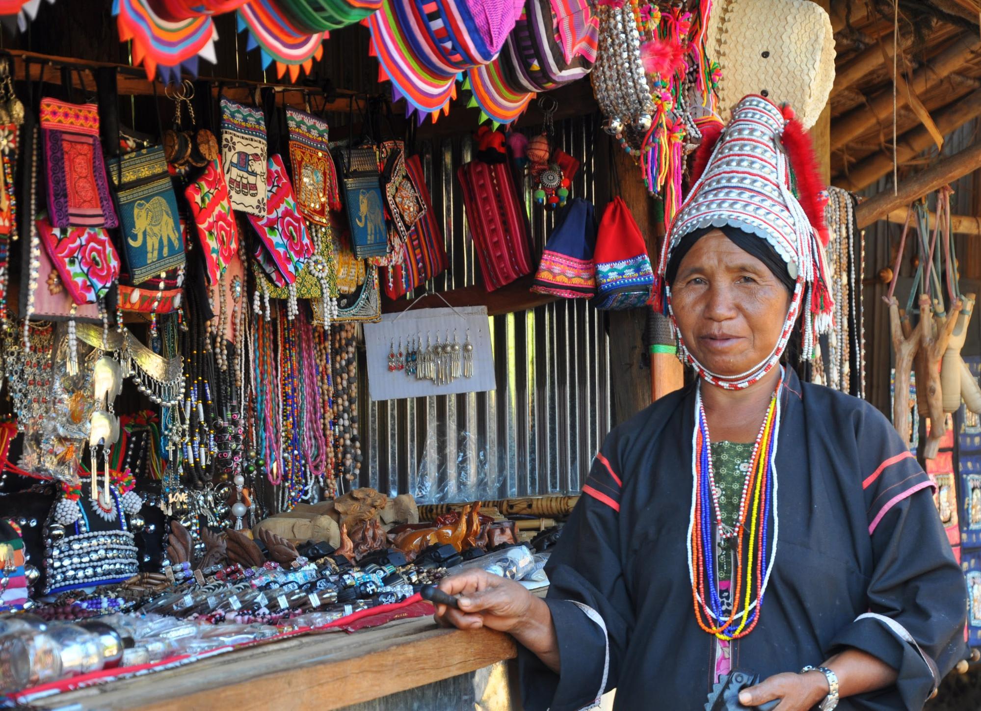 du lịch tự túc chiang mai: phụ nữ hill tribe
