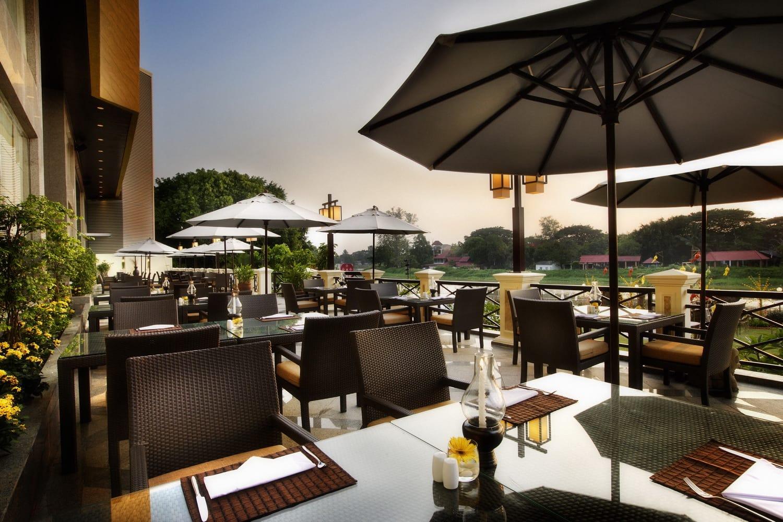 du lịch tự túc chiang mai: khách sạn holiday inn chiang mai