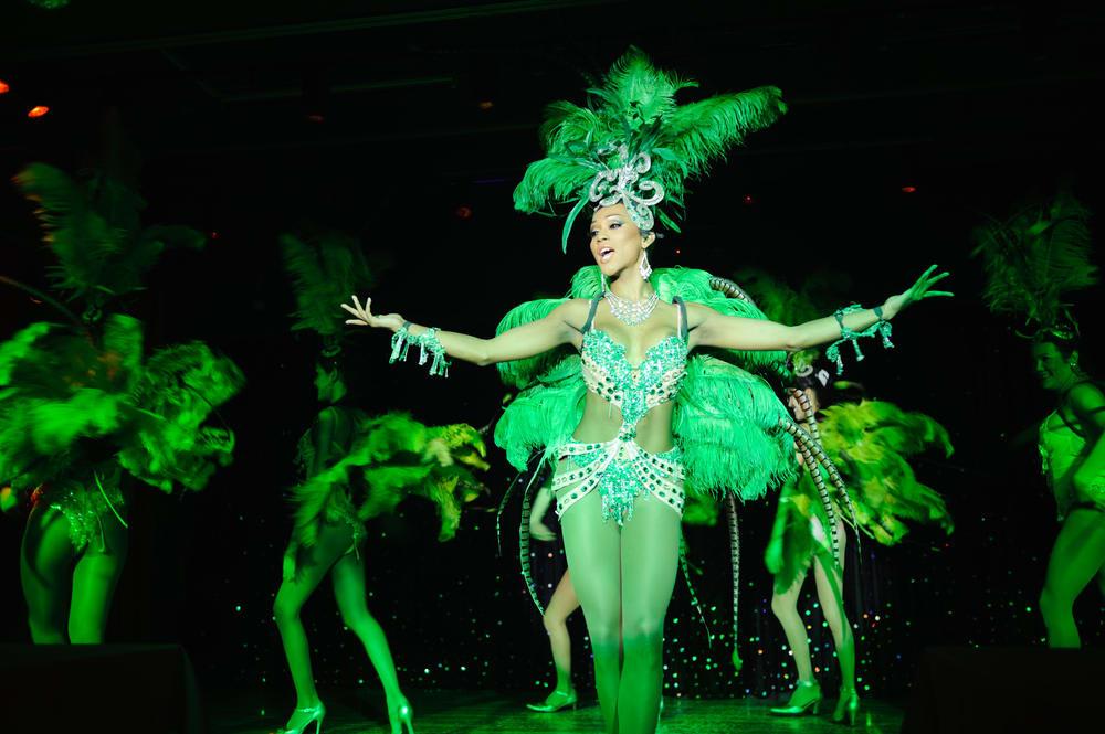 show calypso cabaret là một trong những show ở bangkok phải xem
