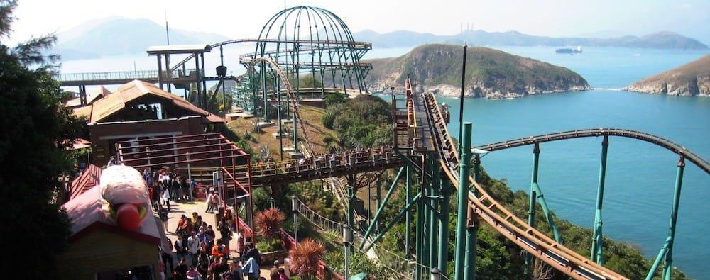 vui chơi ở công viên đại dương hong kong:: tàu mine train