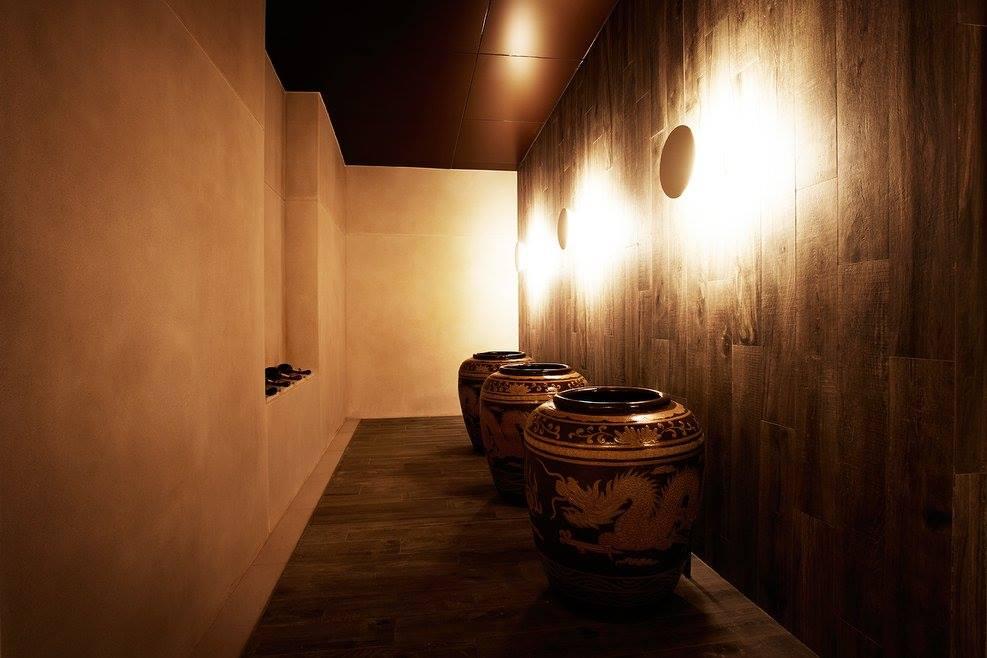 hành lang tại yunomori onsen & spa