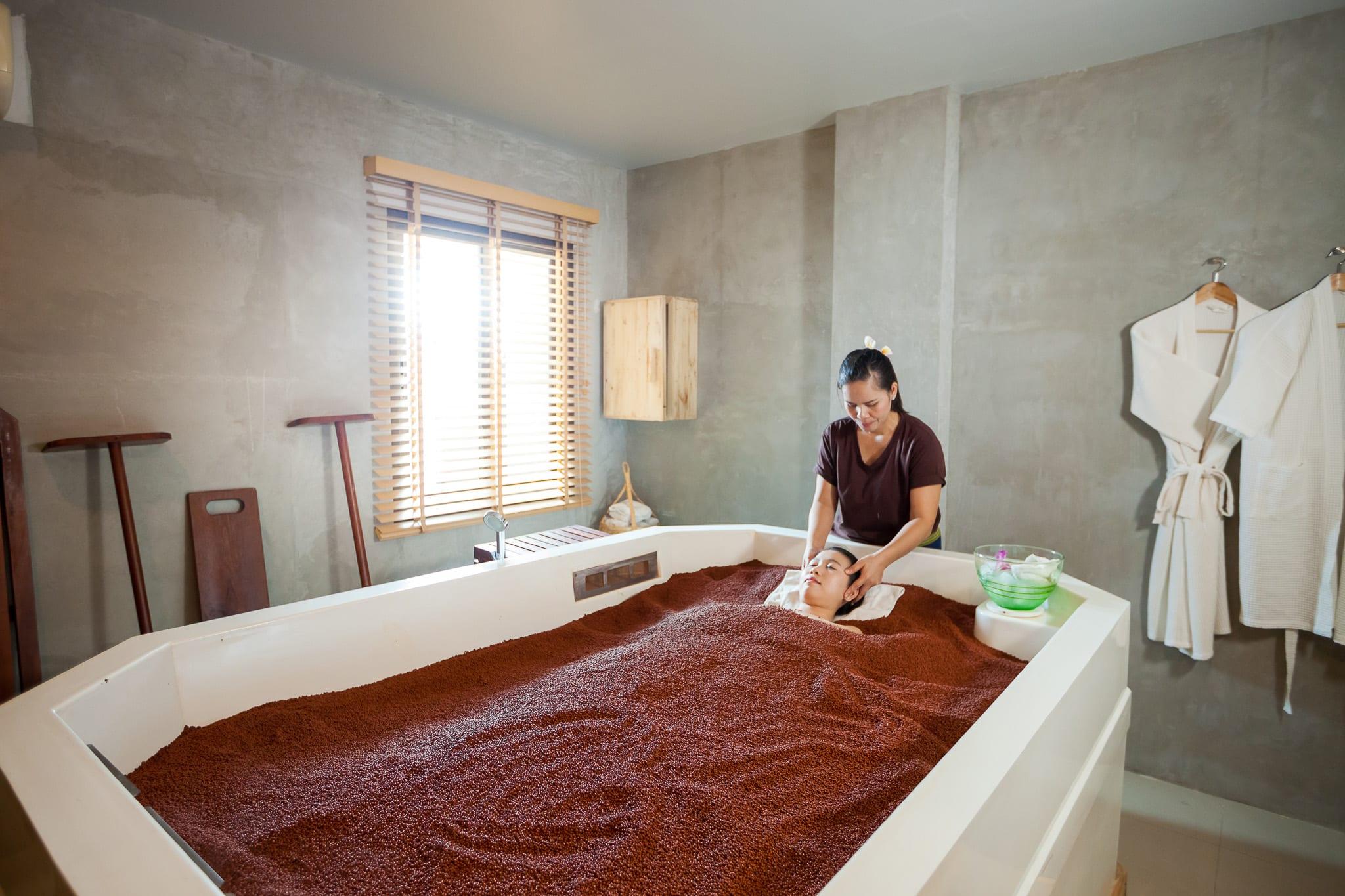 tắm cát tại one sand bath therapy