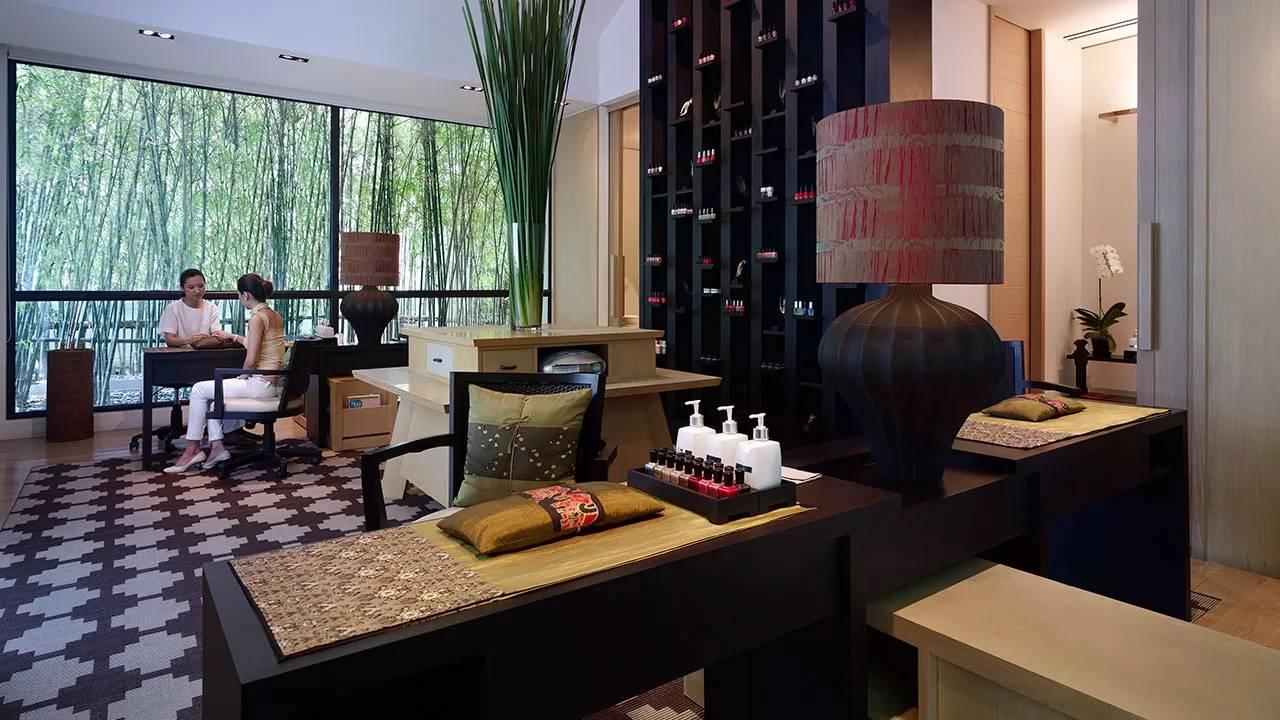 phòng massage tại I.SAWAN Residential Spa & Club