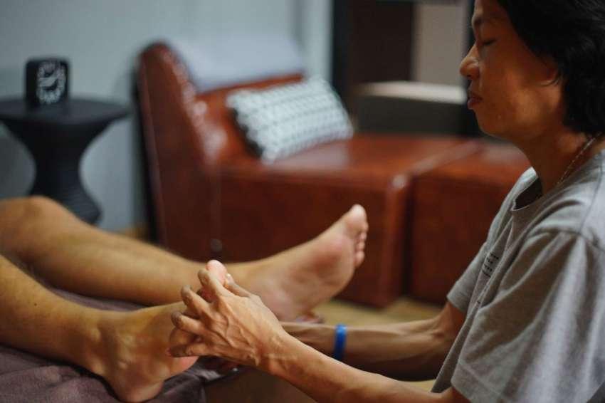 nhân viên tại perception blind massage