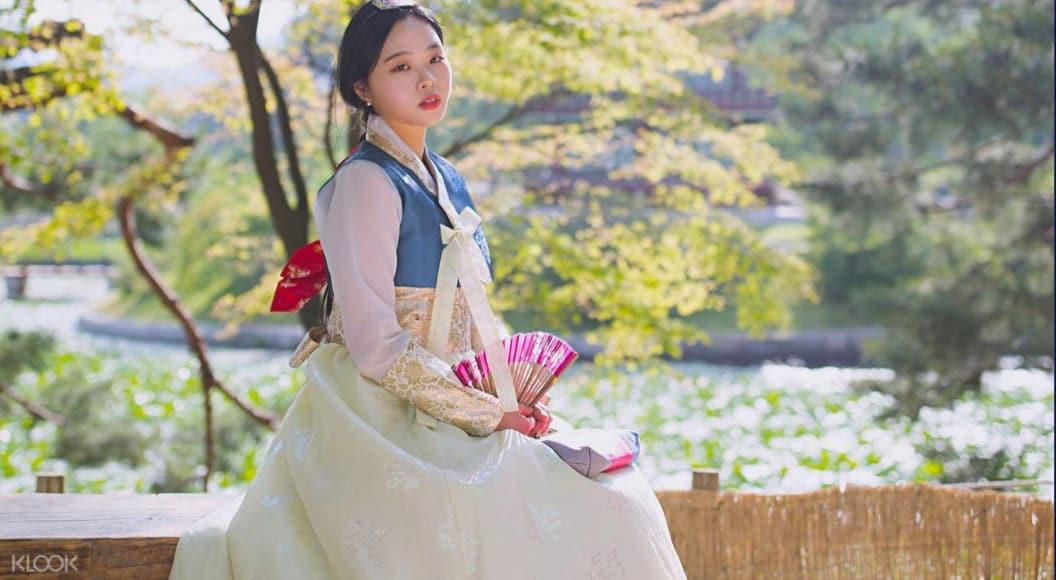thuê hanbok và chụp ảnh