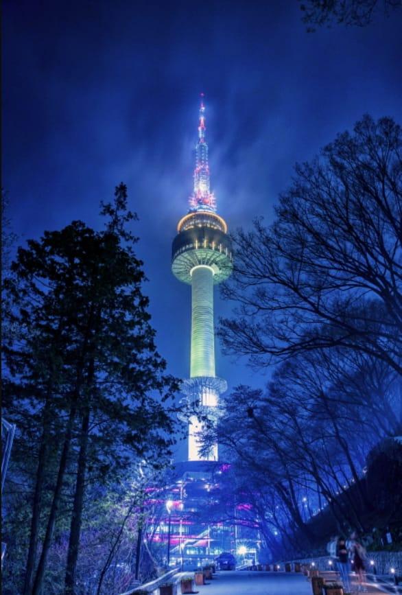tháp N seoul về đêm