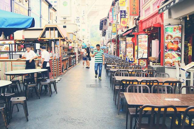 chợ china town singapore là một địa điểm du lịch mùa trung thu