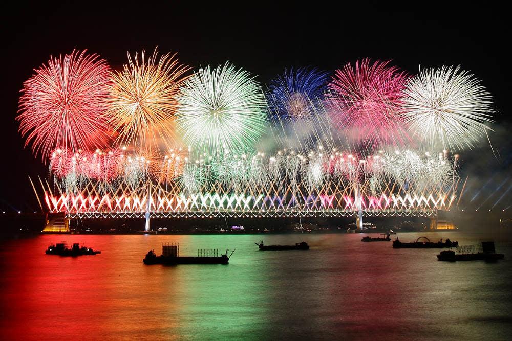 lễ hội pháo hoa busan  là một trong 10 lễ hội ở hàn quốc bạn phải tham gia