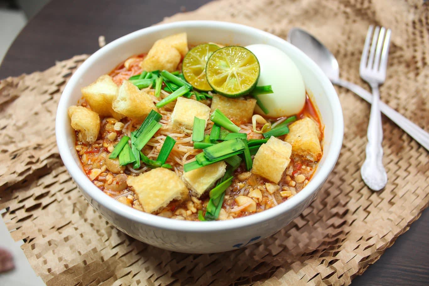 mì xiêm là một trong 30 món ăn ở singapore phải thử