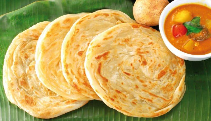 bánh roti prata là một trong 30 món ăn ở singapore phải thử