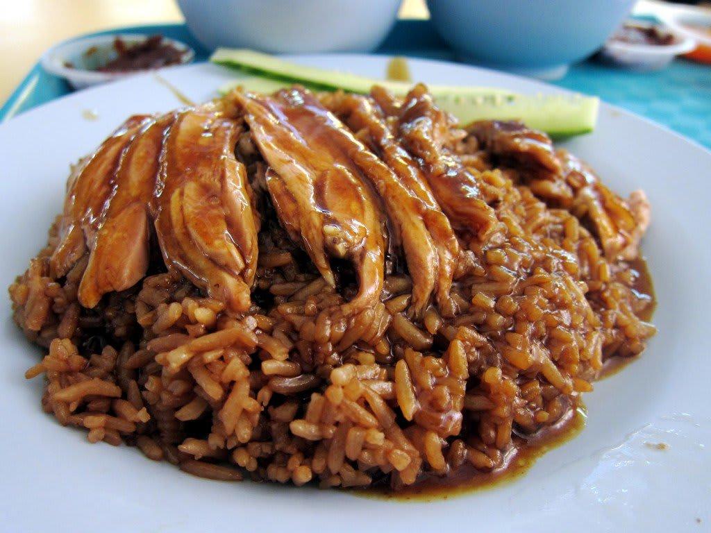 cơm vịt là một trong 30 món ăn ở singapore phải thử
