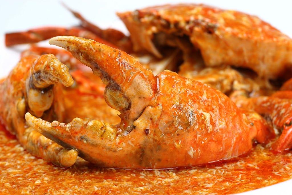 cua sốt ớt là một trong 30 món ăn ở singapore phải thử