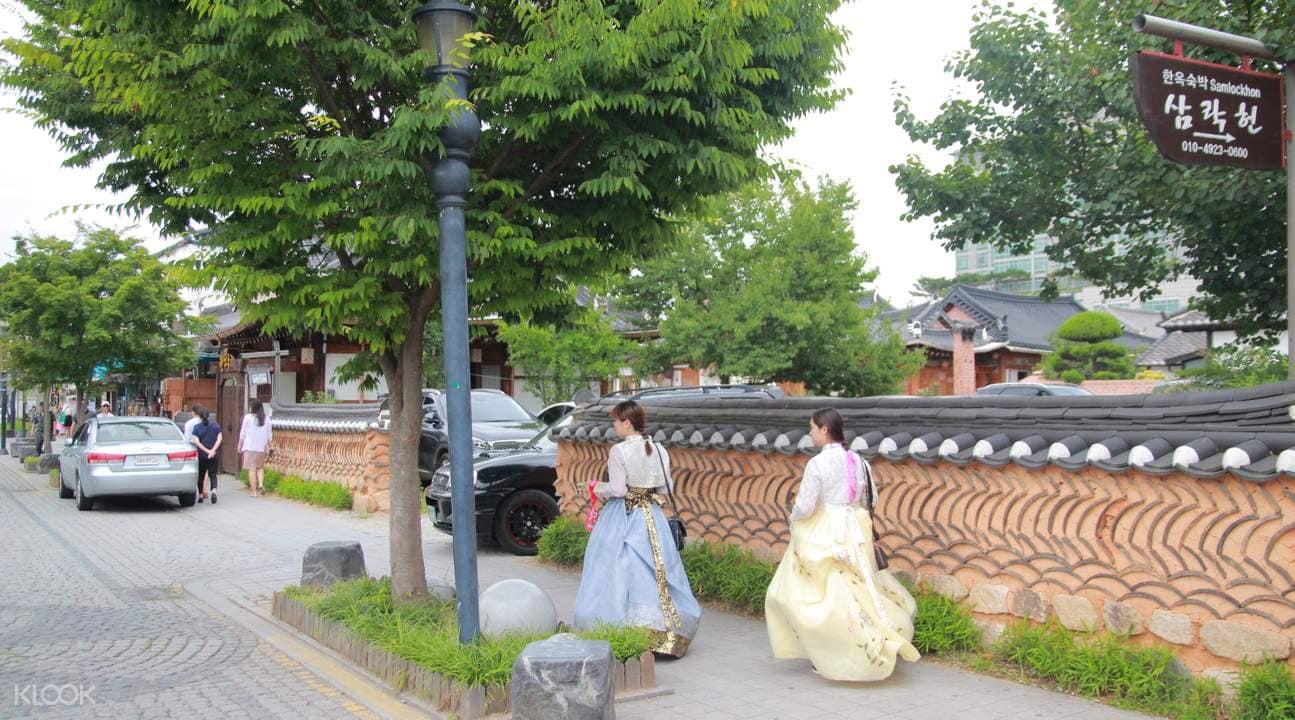 ghé jeonju thăm nhà truyền thống là điều không thể thiếu trong lịch trình khám phá ngoại ô seoul bằng tàu hỏa